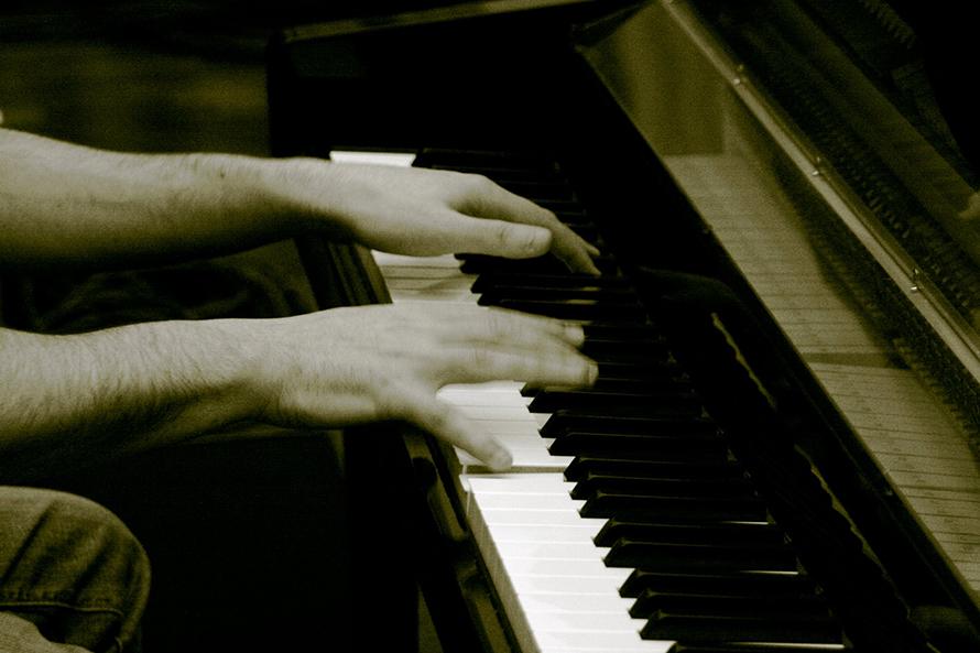 Pietro al piano.jpg