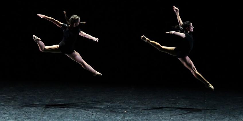 ballet-prejocaj-gravite-jean-claude-c-diaporama.jpg