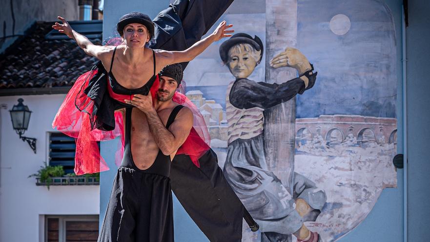 Artemis Danza In Felliniana Di Monica Casadei Foto Promo