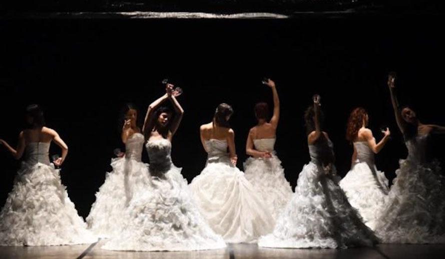 Artemis Danza In Traviata Di Monica Casadei (1)